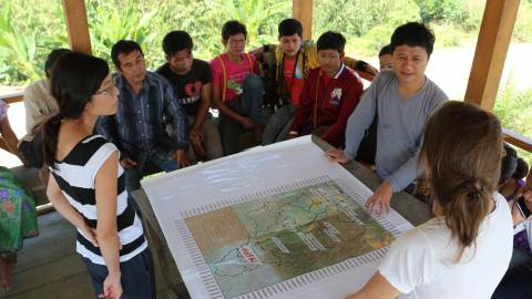 Discussion with map - Myanmar - MOSAIC project
